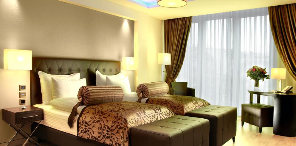 Hotel Vier Jahreszeiten Berlin City West Wilmersdorf 10292
