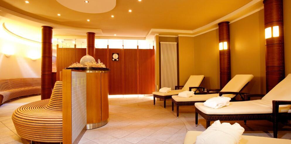 Steigenberger Hotel Sonne 10945