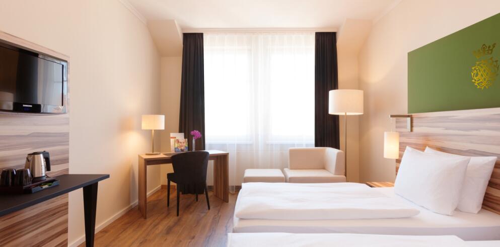 Steigenberger Hotel Thüringer Hof 11027