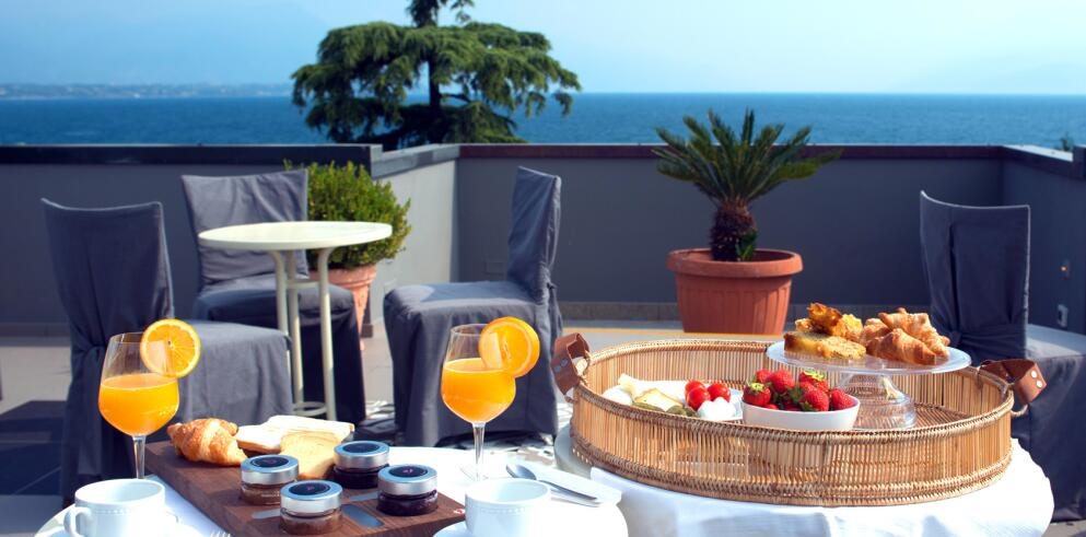 Hotel Piccola Vela 11070