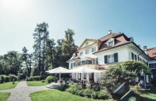 Vital & gesund: Biohotel mit Blick auf die Alpen & Starnberger See