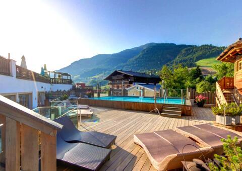 alpine-palace-0