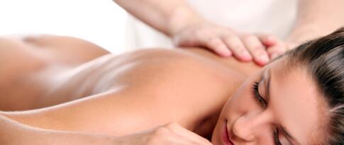 Aromaöl-Rückenmassage (30 Minuten)