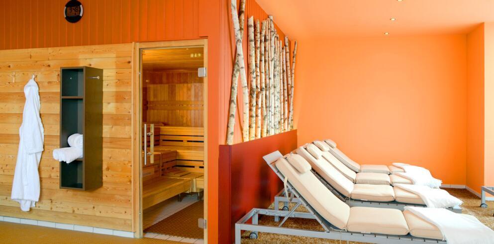 The Monarch Hotel 11990