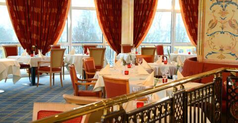 The Monarch Hotel 7