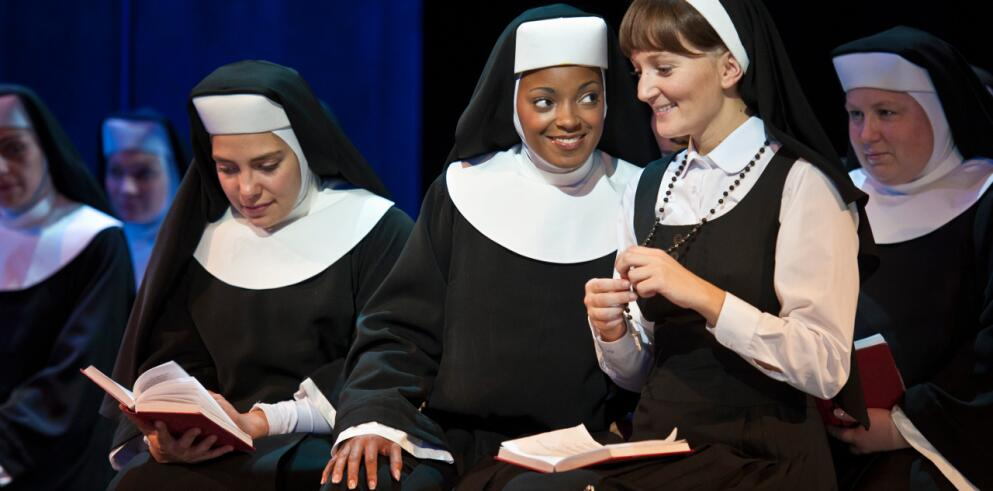 SISTER ACT Musical 12102