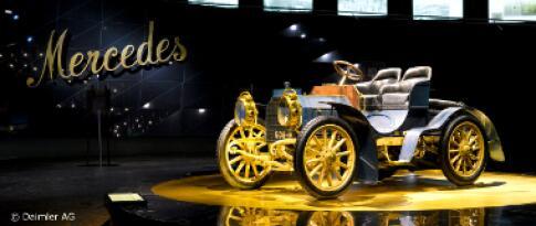 Eintritt in das Mercedes-Benz Museum