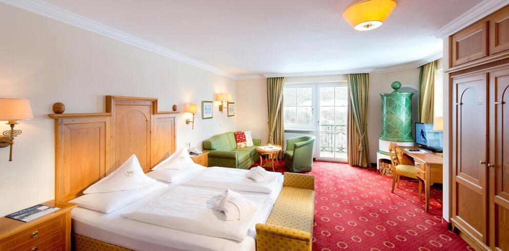 Hotel AlpenSchlössl 12298