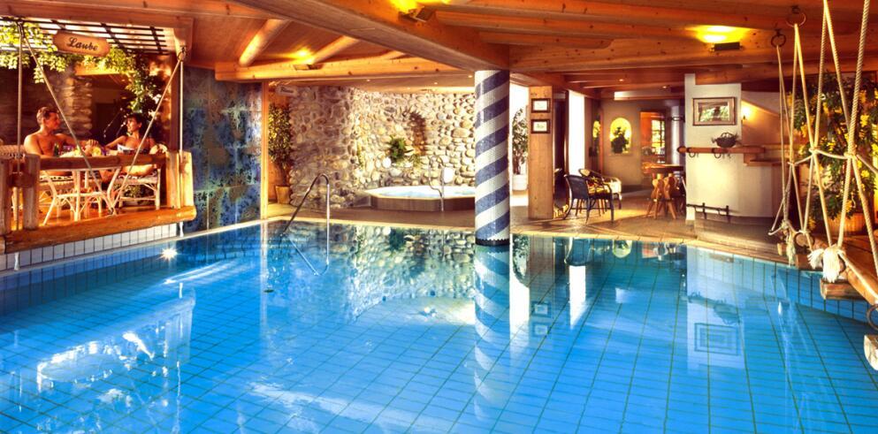 Hotel AlpenSchlössl 12300