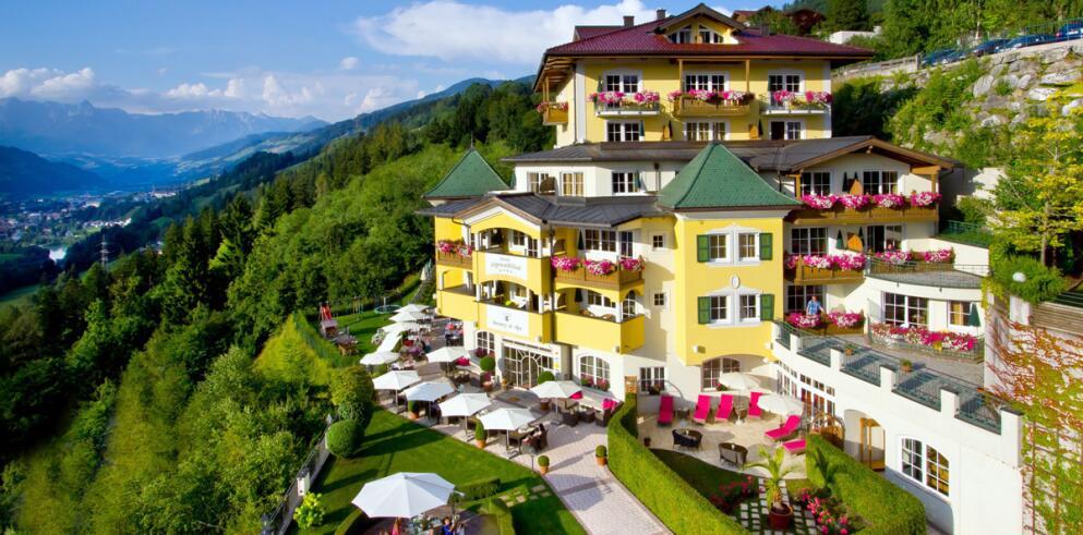 Hotel AlpenSchlössl 12302