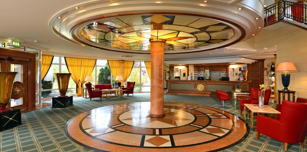 The Monarch Hotel 12552