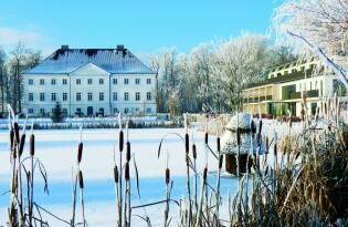 Wellnessauszeit im eleganten Schloss in romantischer Lage an der Ostsee