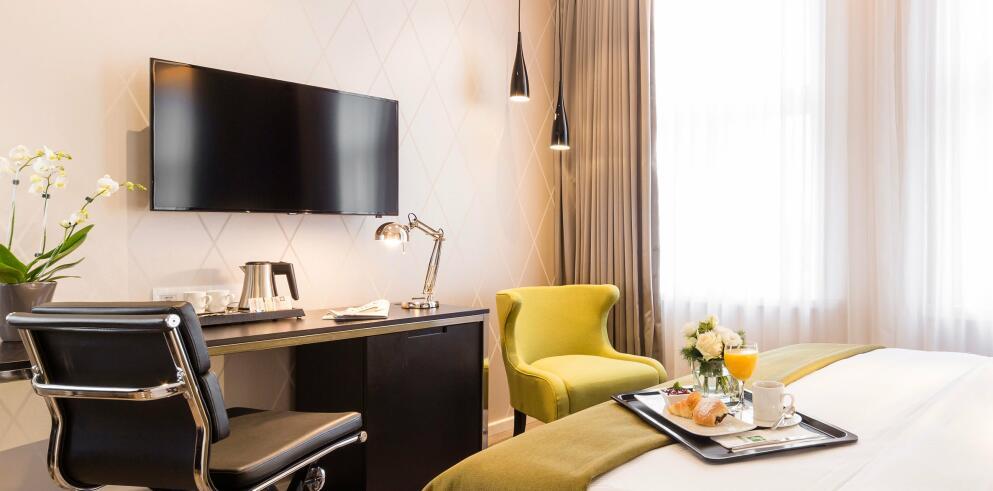 Holiday Inn Dresden – Am Zwinger 13078