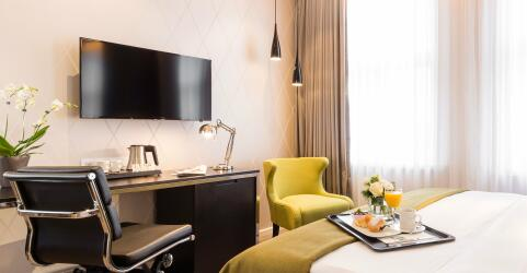 Holiday Inn Dresden – Am Zwinger 3