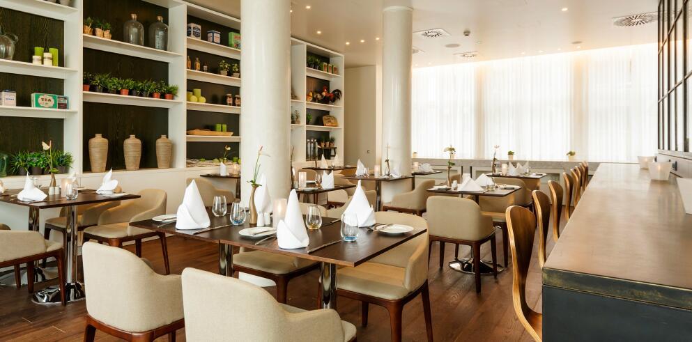 Holiday Inn Dresden – Am Zwinger 13082