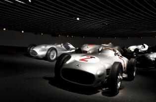 130 Jahre Faszination Technik im Stuttgarter Mercedes-Benz Museum