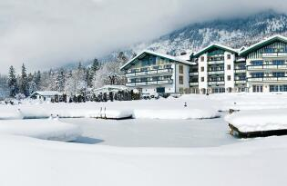 Wellnesserlebnis mit atemberaubender Bergkulisse im Tiroler Inntal