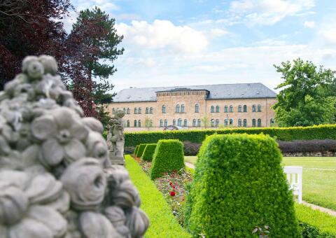 Schlosshotel Blankenburg 0