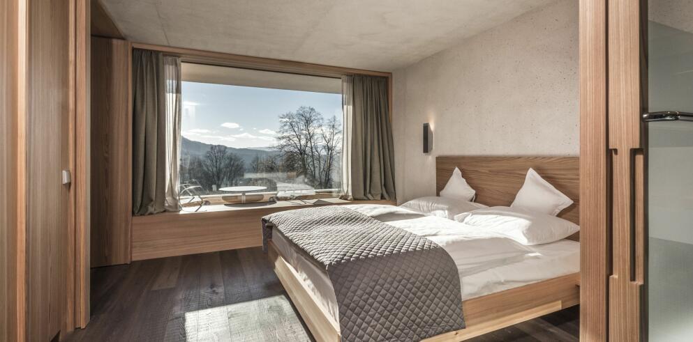 Paula Wiesinger Apartments & Suites 14075
