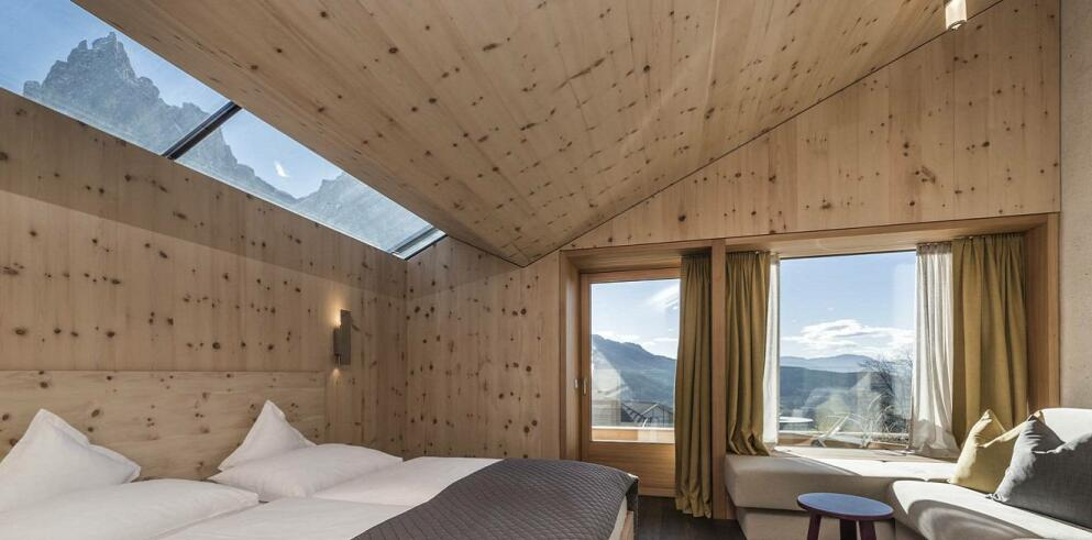 Paula Wiesinger Apartments & Suites 14084