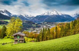 Pure Entspannung und einmaliges Freizeitangebot am Fuße der Zugspitze