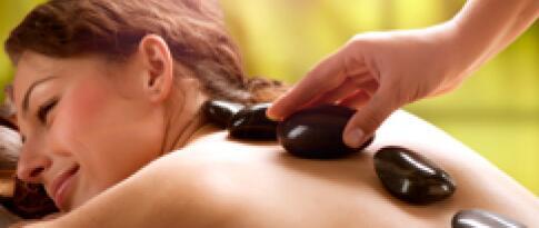 Hot Stone Massage (50 Minuten)