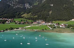 Willkommen im Tiroler Urlaubsparadies: Wohliges Ambiente am Achensee