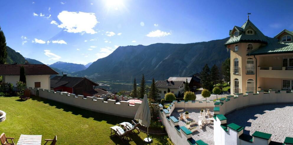 Hotel Ferienschlössl 16290