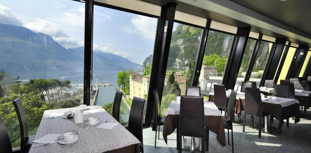 Grand Hotel Riva 16835