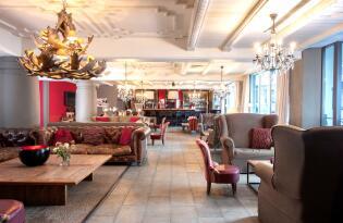 4* Q! Hotel Maria Theresia