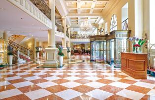 Luxus pur & edles Ambiente in einem der exklusivsten Hotels der Welt