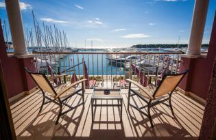 Entspannen & relaxen an der Mittelmeerküste Kroatiens direkt am Wasser