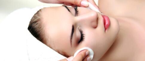 Kleine Gesichtsbehandlung (30 Minuten)