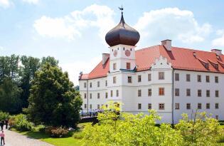 Reizvolles Ensemble von Tradition und Moderne im schönen Oberbayern