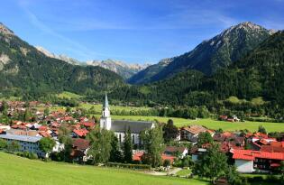 Erholsame Auszeit im Allgäu zwischen Bergen, Seen & bunten Wiesen