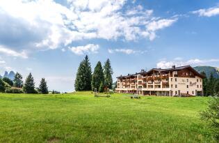 Atemberaubend einzigartig - Wellnessurlaub auf der Seiser Alm Südtirol