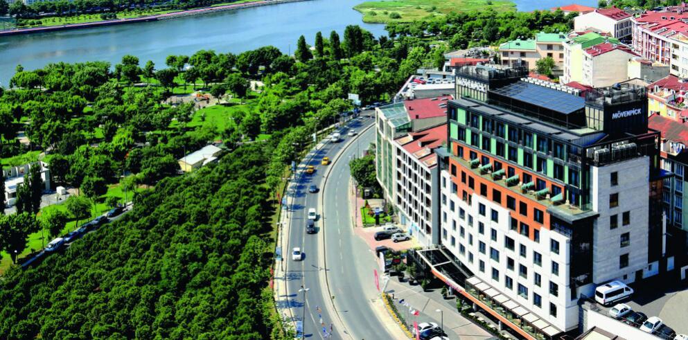 Mövenpick Hotel Istanbul Golden Horn 2000