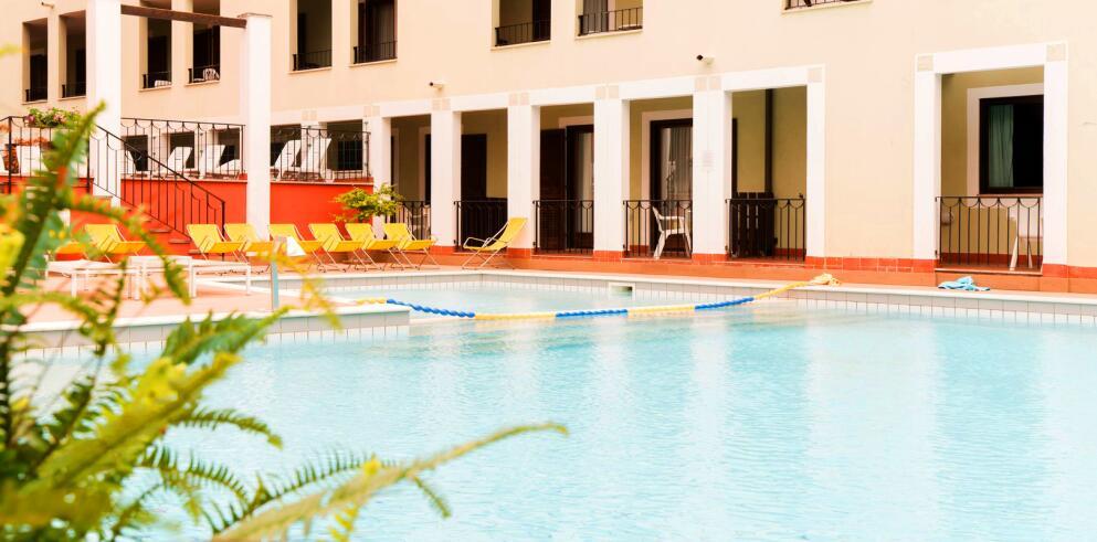 Club Hotel La Vela 20224