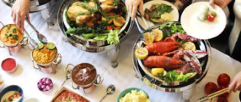 3-Gänge-Menü (oder Buffet am 2. Abend nach Wahl des Küchenchefs)