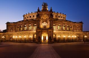 Erleben Sie klassische Meisterwerke in einem der schönsten Theaterhäuser