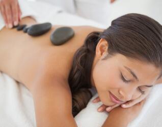 Hot Stone Massage Schwarzwald