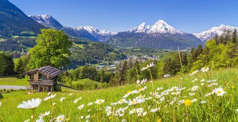 Wellnessurlaub Bergpanorama Oesterreich