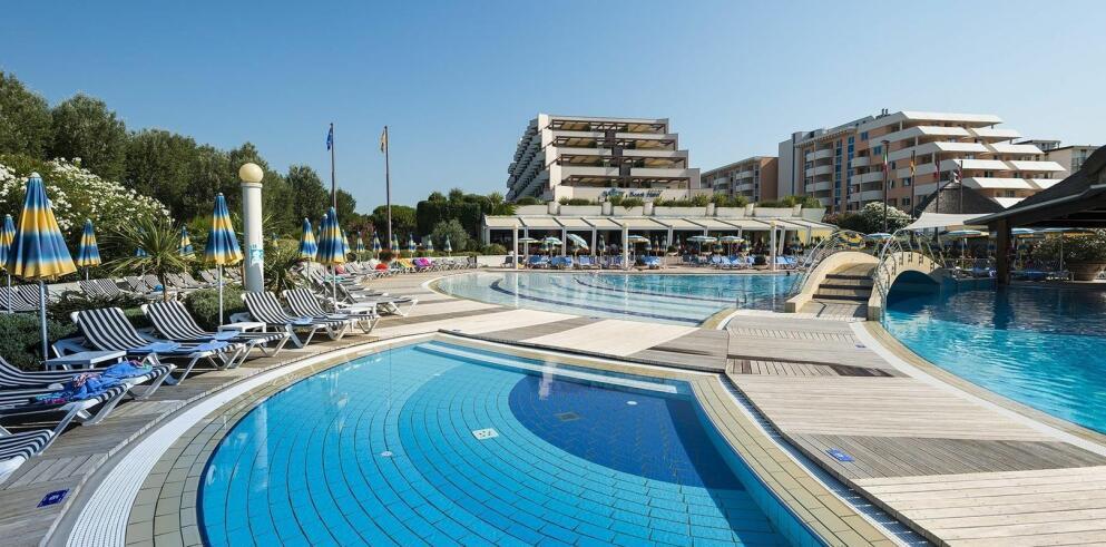 Savoy Beach Hotel & Thermal SPA 22313
