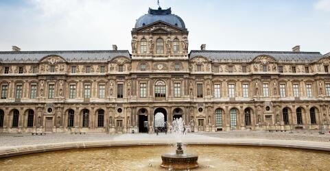 Louvre Museum 4