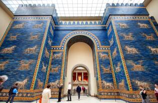 Einzigartige Kunstwerke und meisterhafte Bauten aus der Antike bewundern