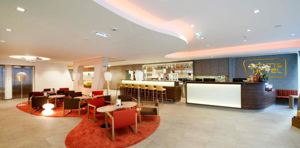 Simms Hotel 2344