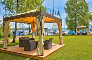 Luxus pur! Die Seele baumeln lassen direkt am Ufer des Chiemsees