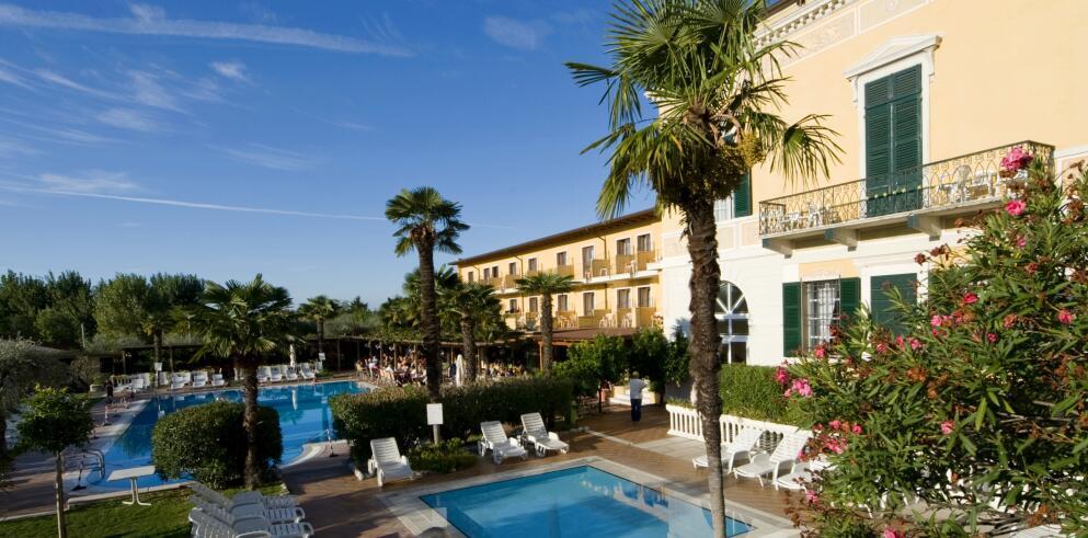 Hotel Antico Monastero 24145