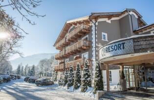 Wellnessvergnügen im modernen Gesundheitsresort in den Kitzbüheler Alpen