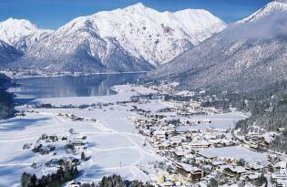 Willkommen im Tiroler Winterparadies: Wohliges Ambiente am Achensee